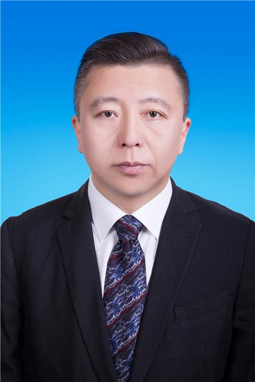 张春光律师